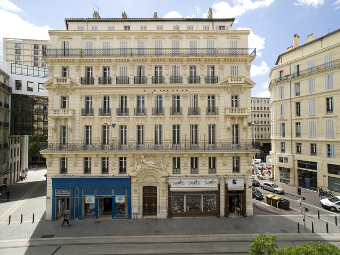 marseille rue colbert stones invest. Black Bedroom Furniture Sets. Home Design Ideas